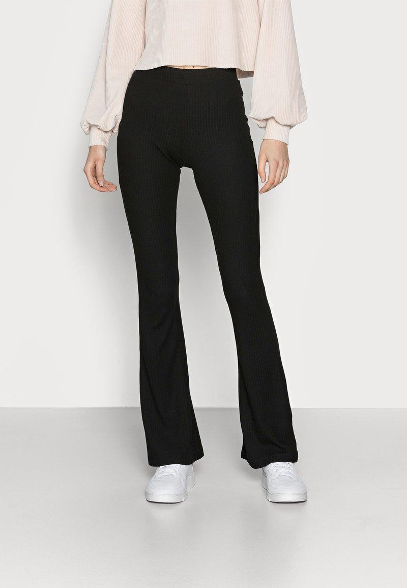 ONLY Tall - ONLNELLA FLARED PANT - Pantaloni - black