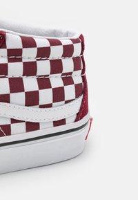 Vans - SK8-MID REISSUE UNISEX - High-top trainers - pomegranate/true white - 5