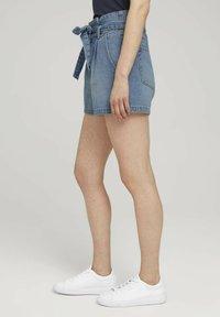 TOM TAILOR DENIM - Denim shorts - used light stone blue denim - 5