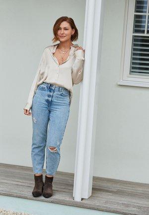 EMMA WILLIS - Button-down blouse - off-white