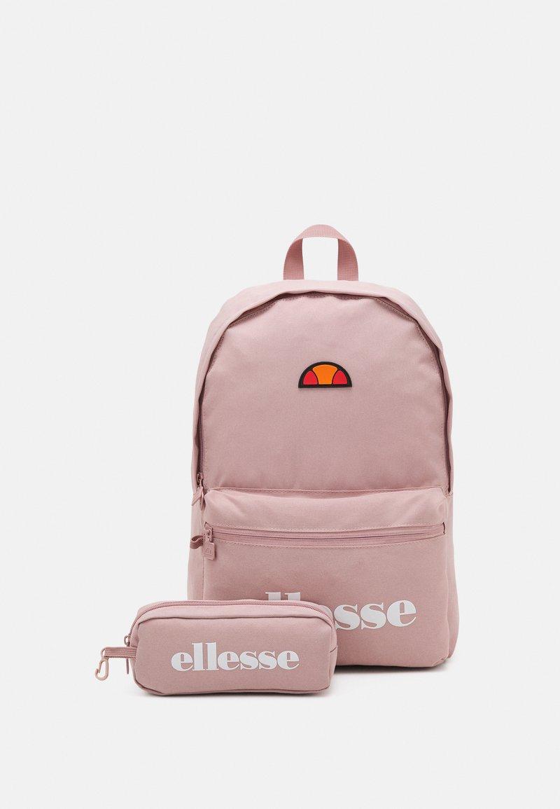 Ellesse - VALLI SET UNISEX - Rucksack - pink