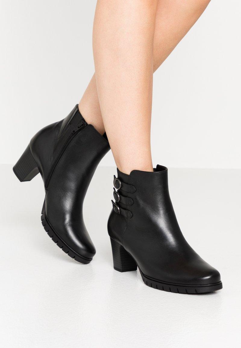 Gabor Comfort - Classic ankle boots - schwarz