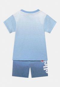 Ellesse - CONSTANCIE SET UNISEX - Shorts - blue - 1