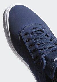 adidas Originals - 3MC SHOES - Sneakers laag - blue - 7