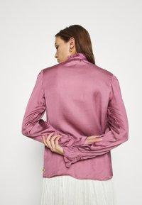 Fabienne Chapot - MIMI BLOUSE - Skjorte - dirty pink - 3
