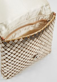 Glamorous - Clutches - gold - 4
