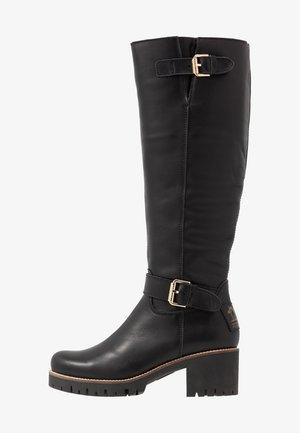 PHAEDRA IGLOO TRAVELLING - Boots - black