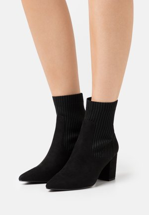 BLOCK HEEL BOOT - Classic ankle boots - black