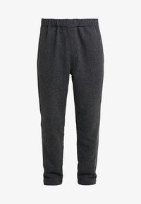 Bruuns Bazaar - CLEMENT CLARK PANT - Trousers - antracite - 4