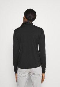 Icebreaker - ROAMAWAY MOCK NECK - Long sleeved top - black - 2