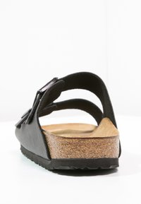 Birkenstock - ARIZONA - Pantofle - black - 3