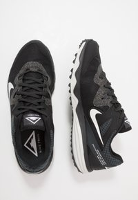 Nike Performance - JUNIPER - Trail running shoes - black/white/dark smoke grey/grey fog - 1