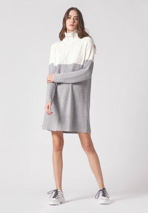 Jumper dress - panna