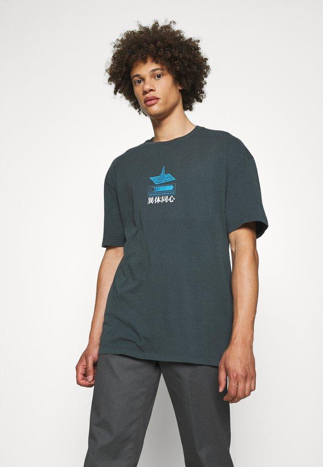 JAPANESE FLOWER TEE - T-shirt z nadrukiem - grey