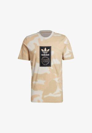 CAMO AOP TONGUE - Print T-shirt - grey