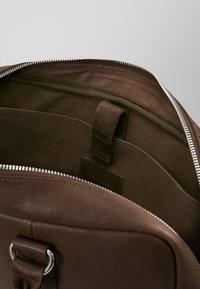 Pier One - LEATHER - Laptop bag - dark brown - 4
