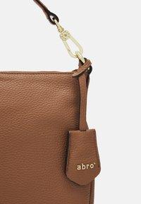 Abro - JUNA SMALL - Käsilaukku - camel - 3