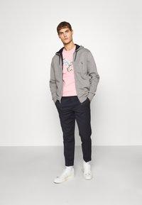 PS Paul Smith - SLIM FIT ZEBRA UNISEX - Print T-shirt - pink - 1