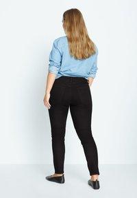 Violeta by Mango - SUSAN - Slim fit jeans - denim - 2