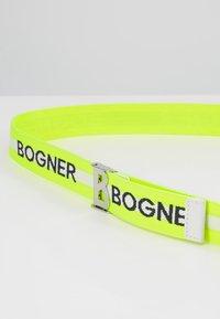 Bogner - PFELDERS SACHA  - Pasek - yellow - 5