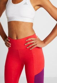 Tommy Sport - BLOCKED LOGO - Leggings - red - 3
