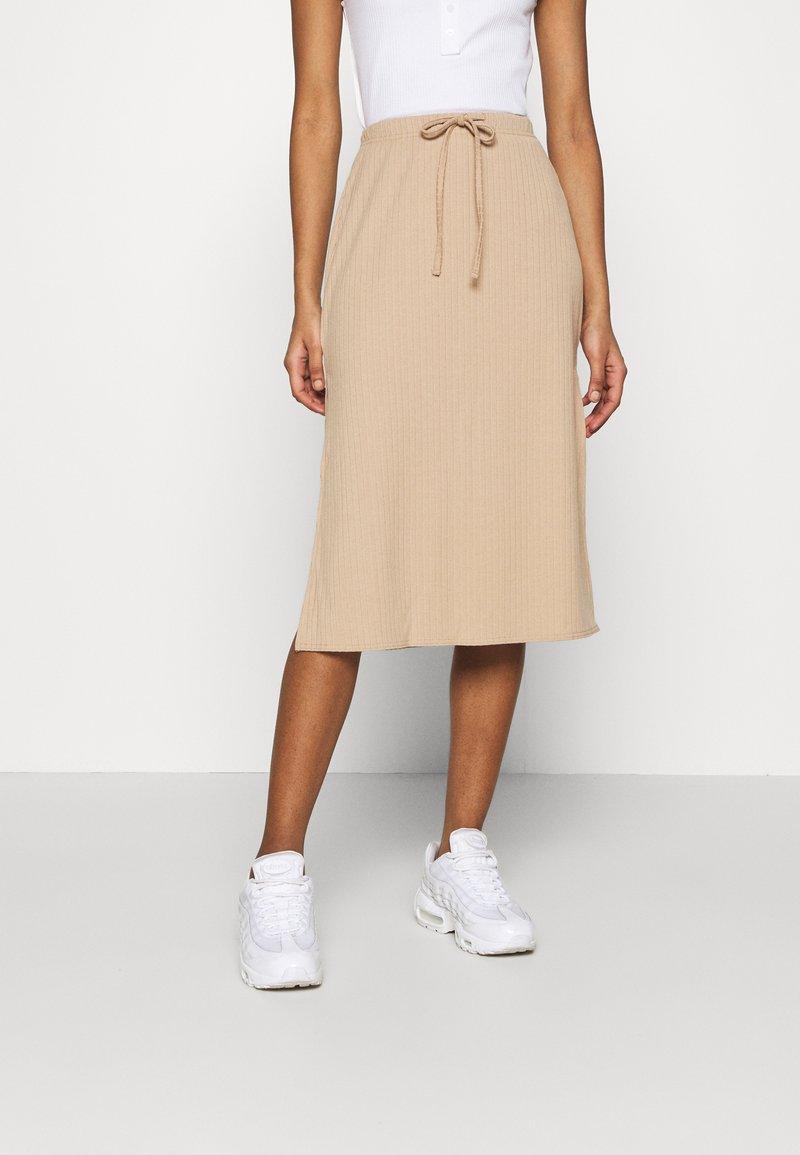 Fashion Union - BRYONY  - Pouzdrová sukně - beige