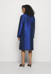 Alberta Ferretti - LONG JACKET - Klasický kabát - light blue - 2