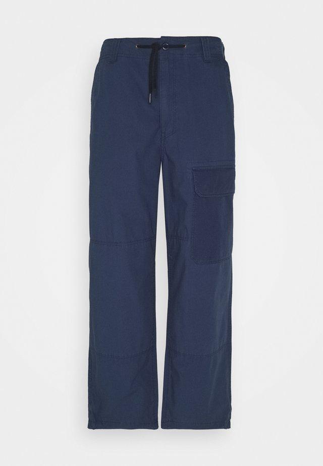 GLYNDON PANT - Kapsáče - navy blue