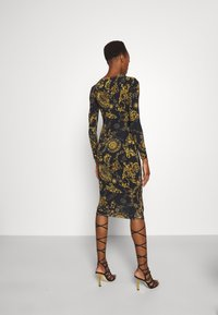 Versace Jeans Couture - Vestido ligero - black/gold - 2