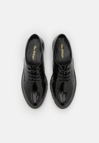 Miss Selfridge - FIONA CHUNKY LACE UP - Oksfordki - black