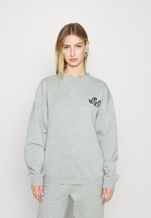 NGO  - Sweatshirt - sage