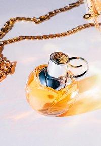 Azzaro Parfums - WANTED GIRL EDP VAPO - Eau de Parfum - - - 4