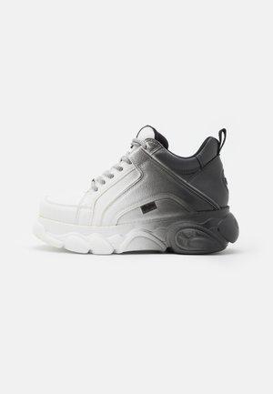VEGAN CORIN - Sneakers basse - black/white