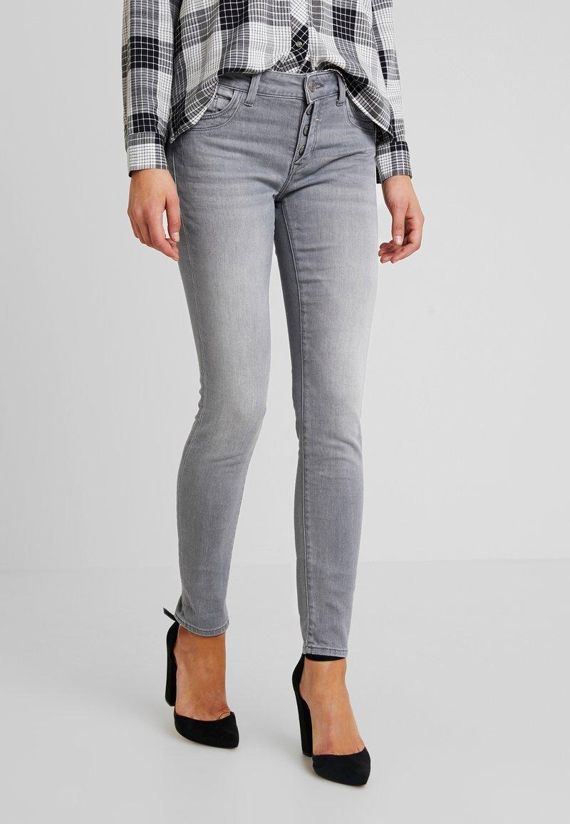 Mavi - ADRIANA - Jeans Skinny Fit - grey sporty