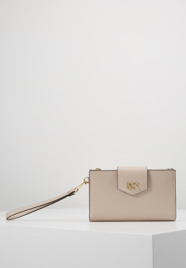 SNAP WRISTLET - Peněženka - soft pink