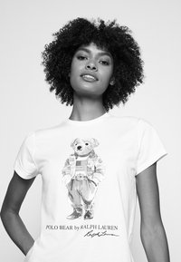 Polo Ralph Lauren - BEAR SHORT SLEEVE - T-shirt con stampa - white - 3
