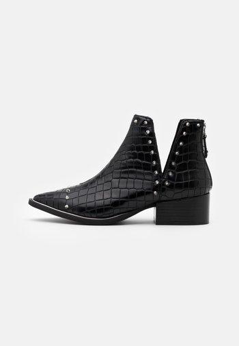 EPY - Ankle boots - black