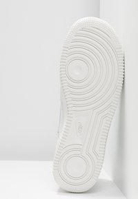 Nike Sportswear - AIR FORCE - Trainers - platinum tint/summit white - 6