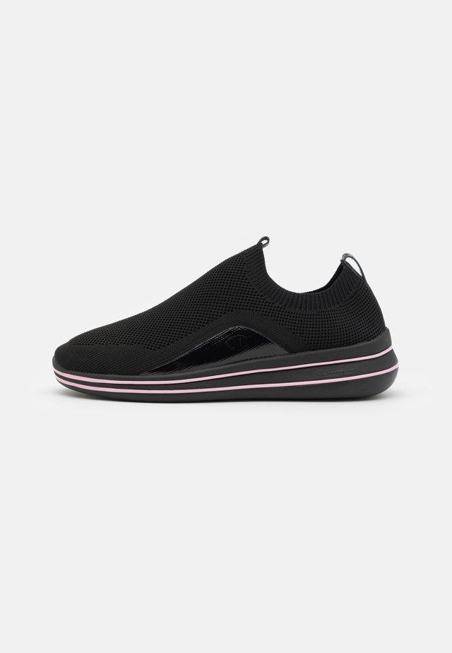 NYAME - Hardloopschoenen neutraal - new black/pink