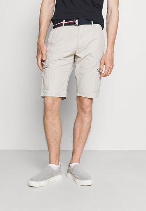 JOHN CARGO BELT - Shorts - sand