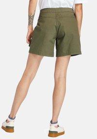 Timberland - Shorts - grape leaf - 2