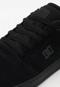 DC Shoes - CRISIS - Obuwie deskorolkowe - black - 5