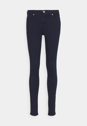 NORA SKINNY - Jeans Skinny - denim