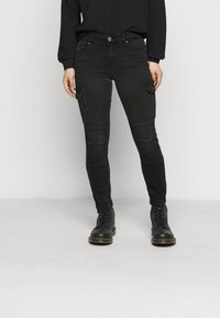 ONLY Petite - ONLMISSOURI LIFE - Jeans Skinny Fit - black denim - 0