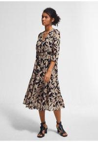 comma - Day dress - schwarz - 1