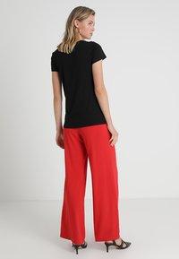 GAP - FAV CREW - Basic T-shirt - true black - 2