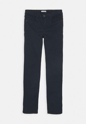 NKMTHEO  - Slim fit jeans - dark sapphire