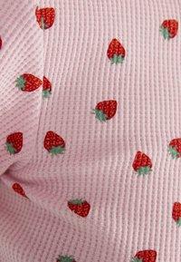 Bershka - MIT TEXTUR UND PRINT - T-Shirt print - pink - 4