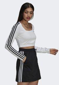 adidas Originals - LONG SLEEVE - Longsleeve - white - 2