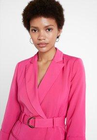 4th & Reckless - RENEE BLAZER DRESS - Day dress - magenta - 3